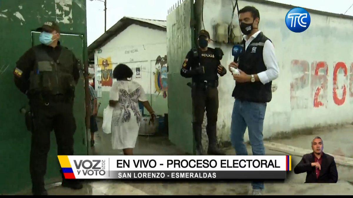 Así se llevan las votaciones en Esmeraldas mientras llueve