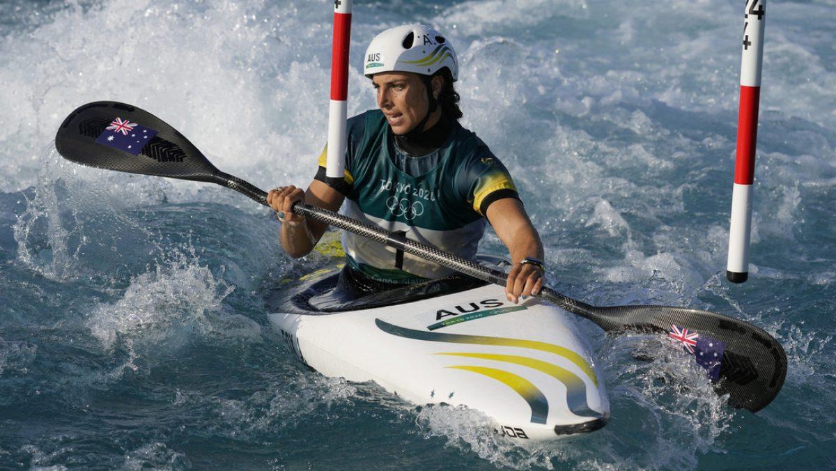 Usa un preservativo para reparar su kayak y gana bronce en los JJ.OO. de Tokio 2020
