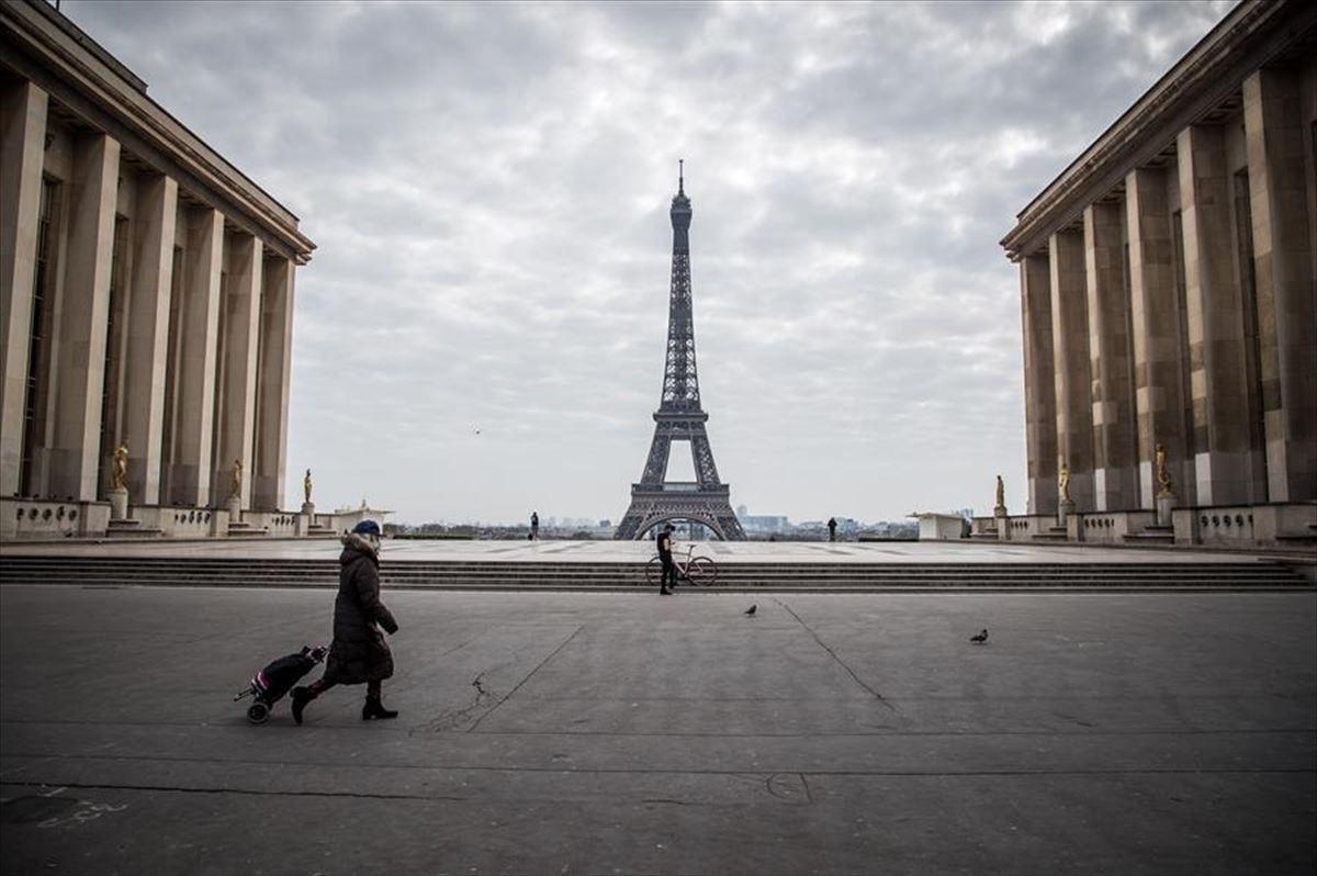 Francia no descarta un tercer confinamiento si la situación epidémica se agrava