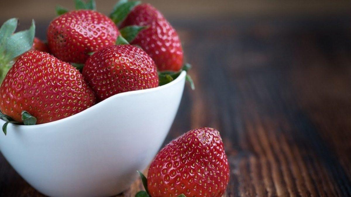 Estas son las cinco frutas que te ayudarán a adelgazar de manera rápida