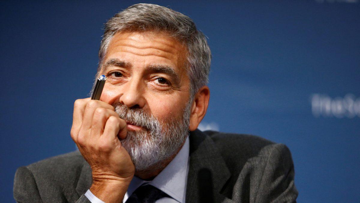 El día que George Clooney reunió a 14 amigos y le regaló a cada uno una maleta con un millón de dólares