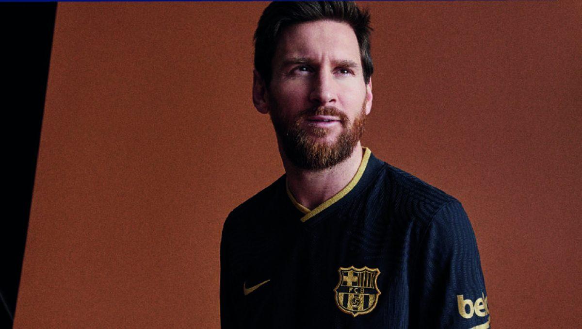 FOTOS   La camiseta del FC Barcelona ya está a la venta
