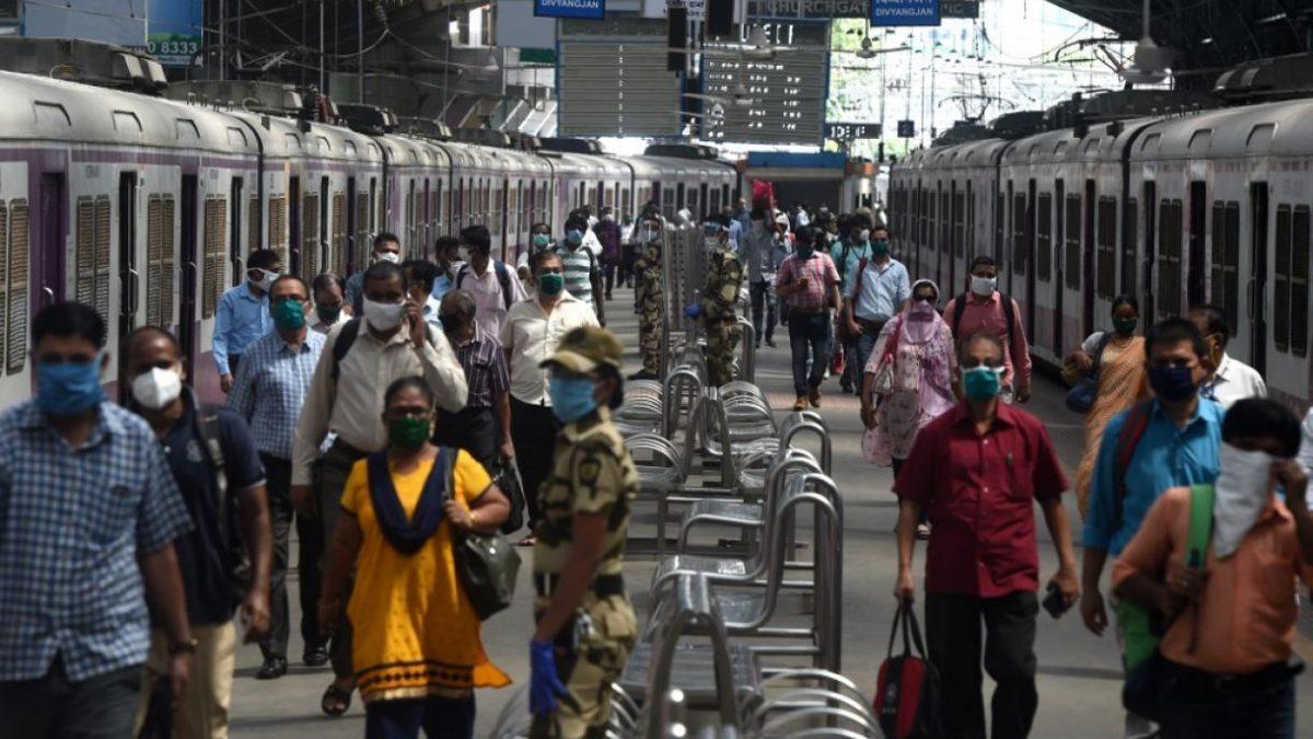 India detecta una nueva variante 'doble mutante' a medida que aumentan los casos de covid-19