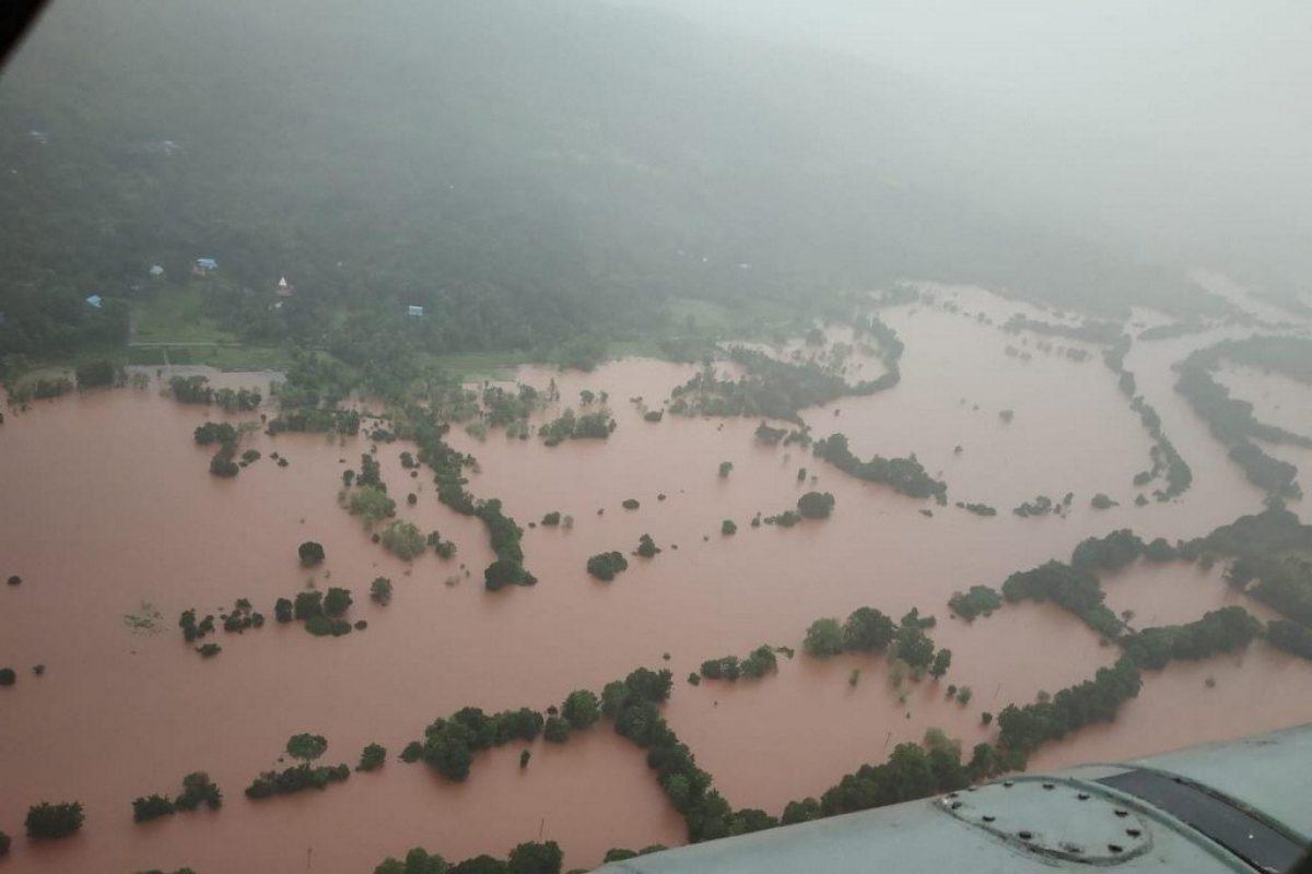 Al menos 44 muertos y decenas de desaparecidos por deslaves en India