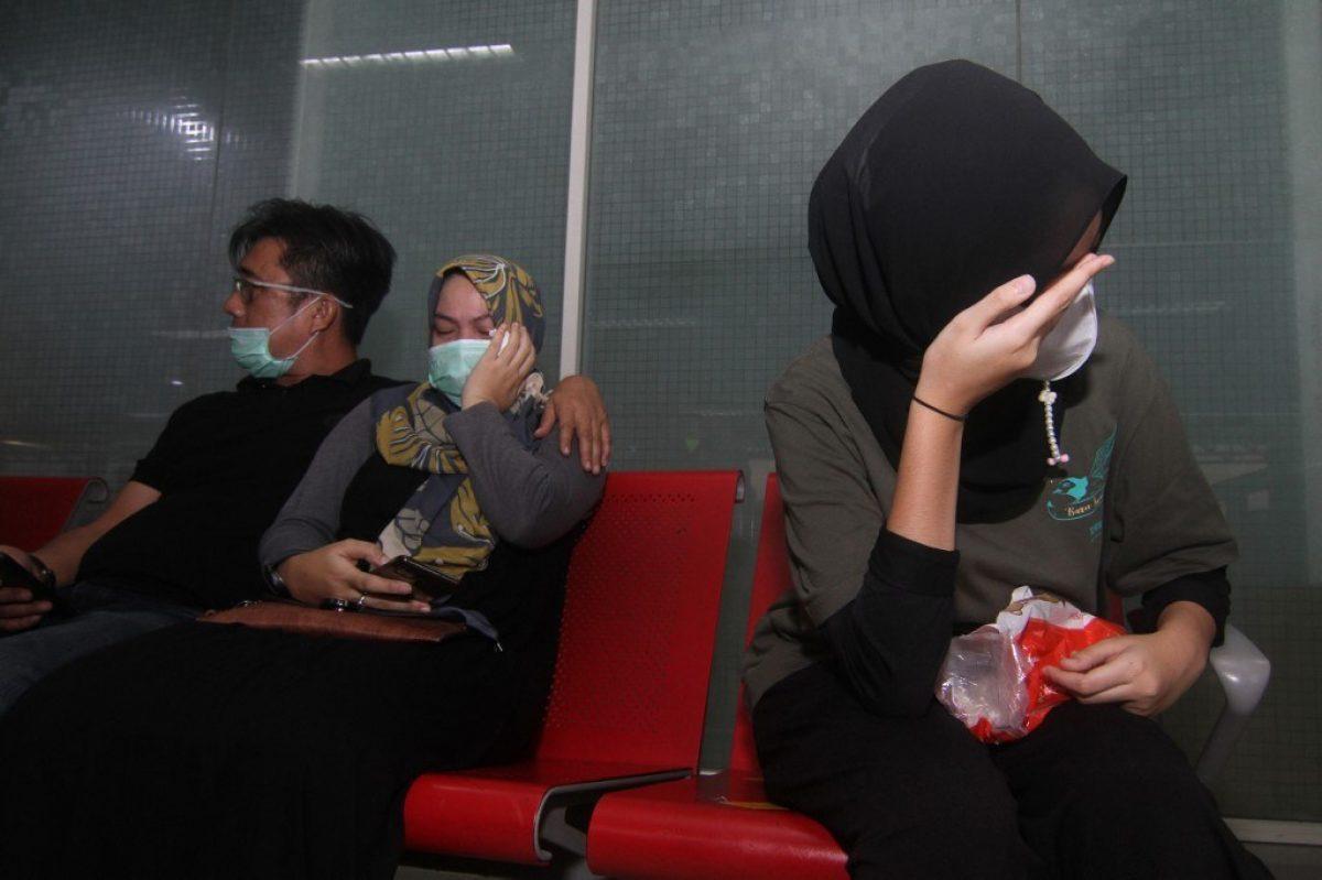 Indonesia confirma que se estrelló el avión con 62 pasajeros a bordo