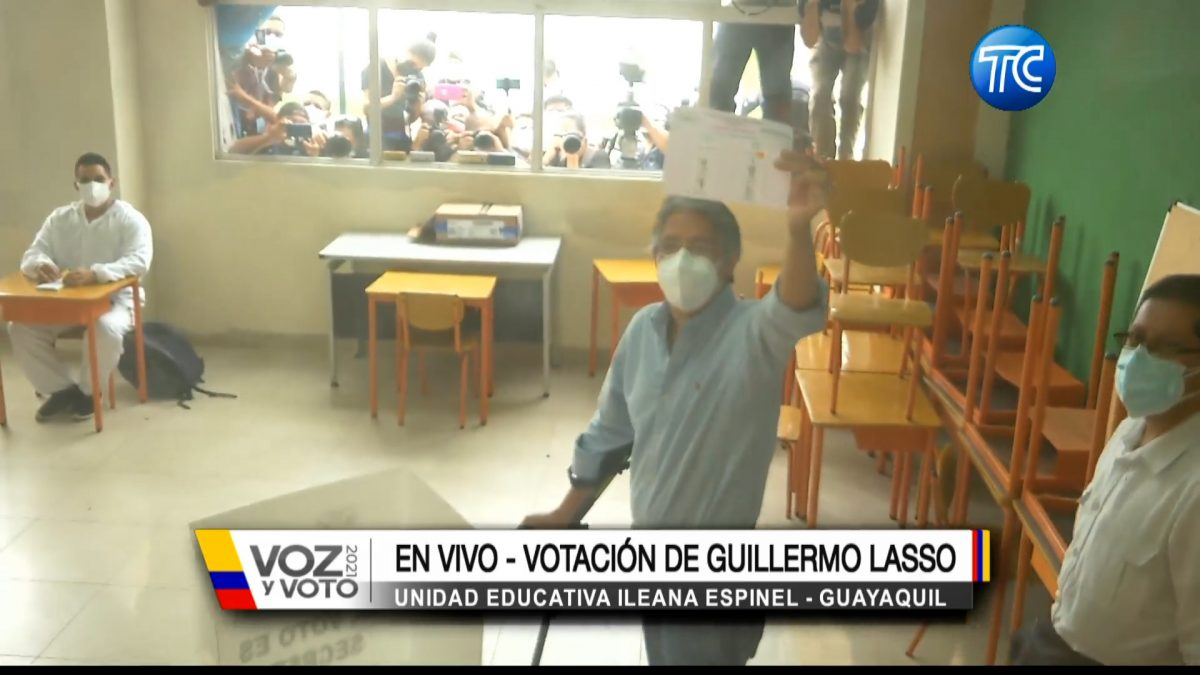 La votación y declaraciones del candidato Guillermo Lasso en Guayaquil
