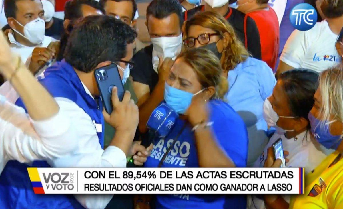 Así celebran los seguidores de Guillermo Lasso, ante virtual triunfo en las urnas