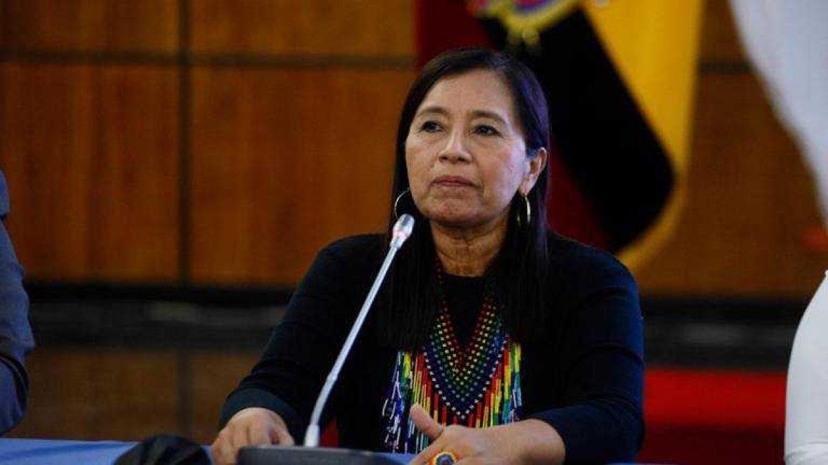 Presidenta de la Asamblea Nacional escucha las necesidades de la población