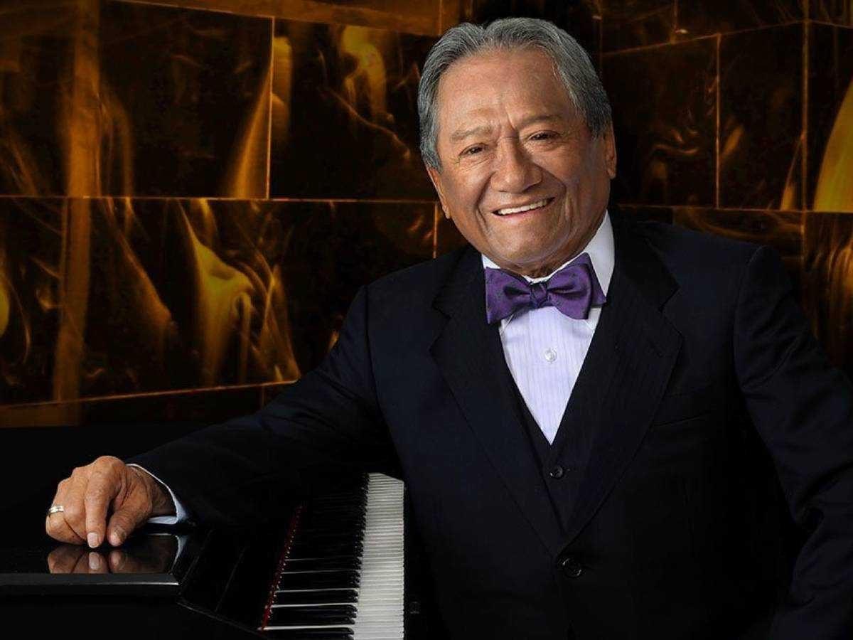 El cantautor Armando Manzanero dio positivo por covid-19