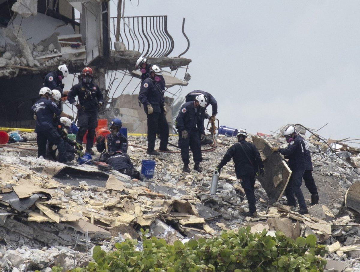 Nueve muertos por colapso de edificio en EE.UU.