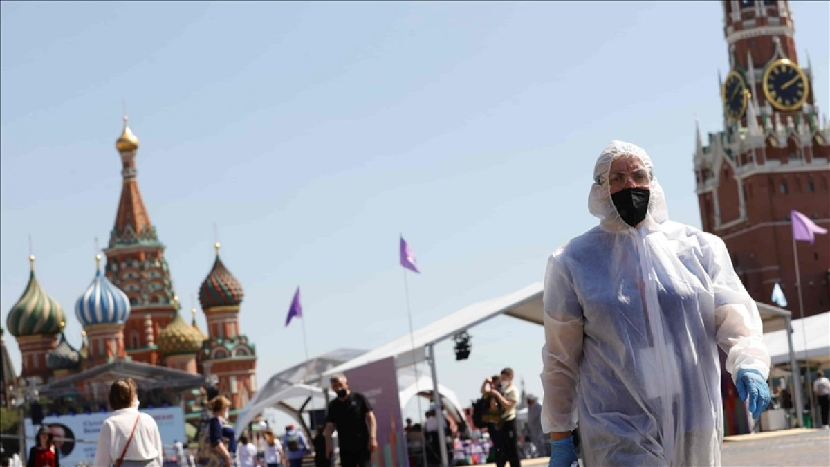 Moscú supera su récord de hospitalizaciones de pacientes con coronavirus