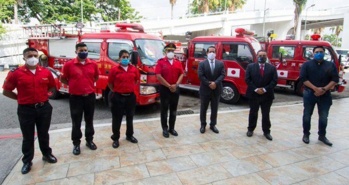 Servicio Nacional de Gestión de Riesgos entregó motobombas a tres cuerpos de bomberos