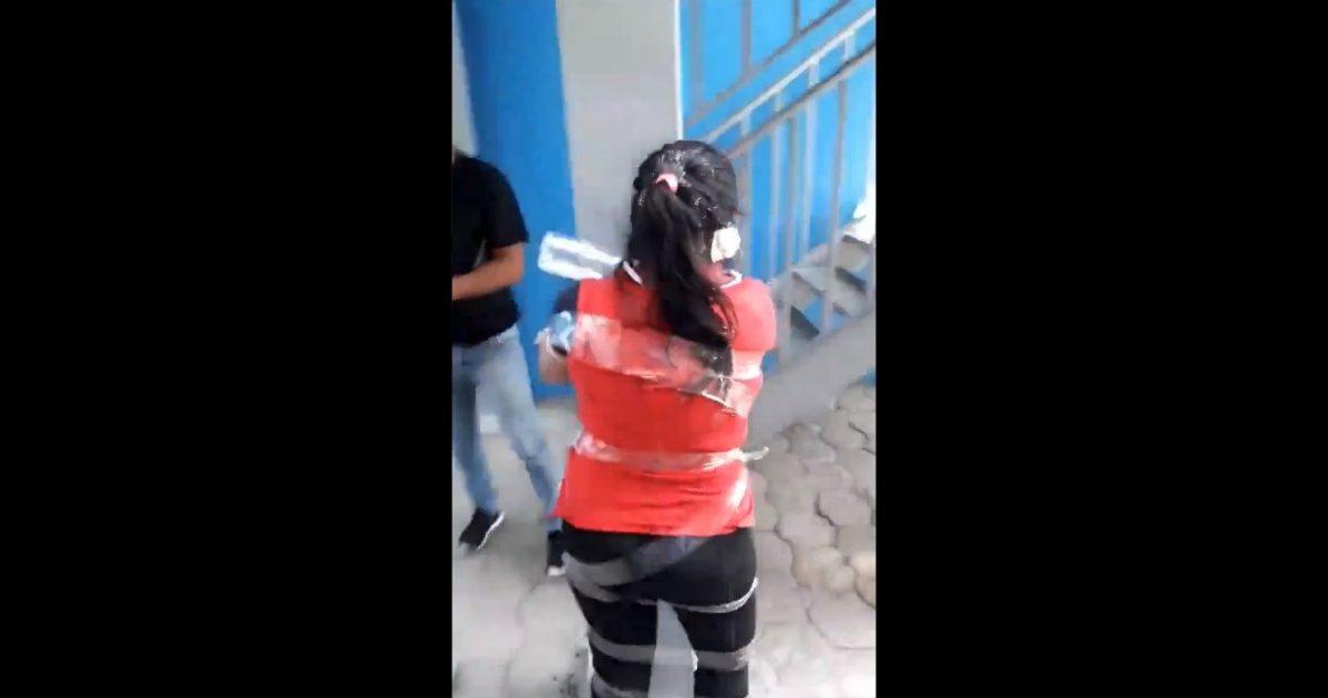 ÚLTIMA HORA   Se detuvo a dos personas que habrían estado involucradas en agresión a mujer en Durán