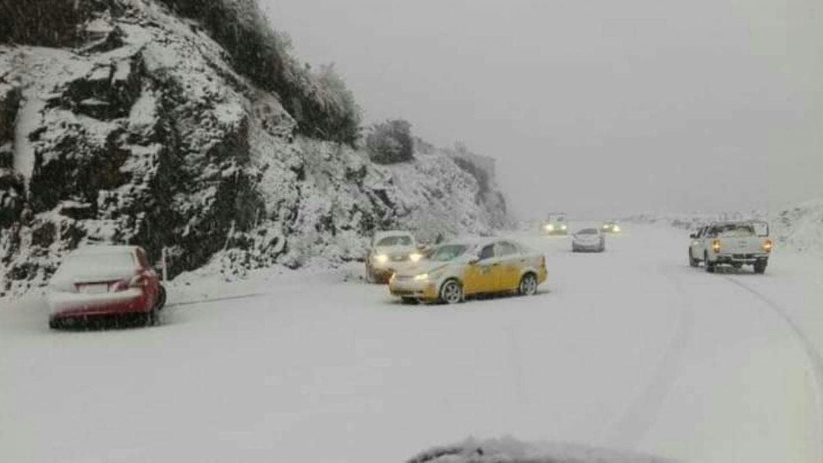 ¿Por qué cayó nieve en la vía Quito-Papallacta?