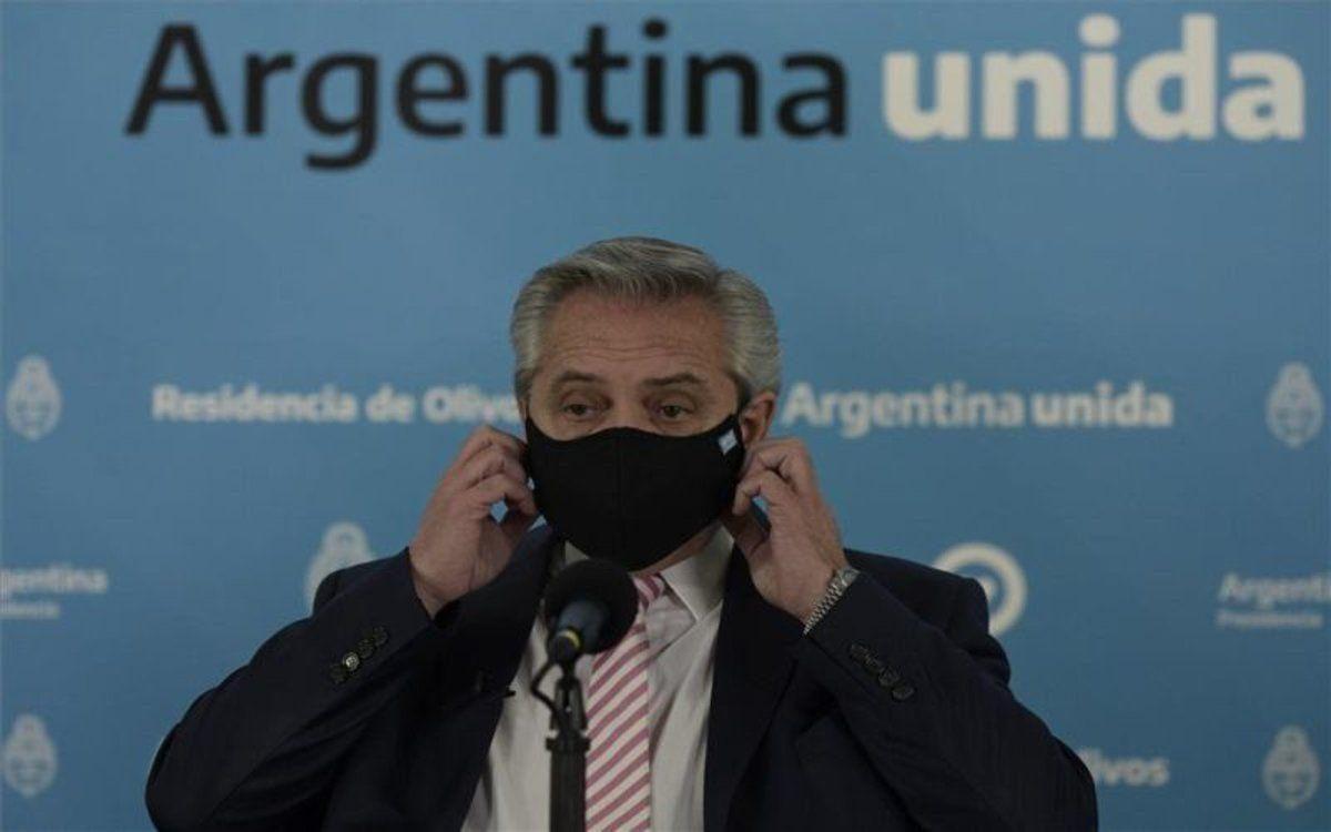 Presidente de Argentina recibe la vacuna rusa Sputnik V contra el coronavirus