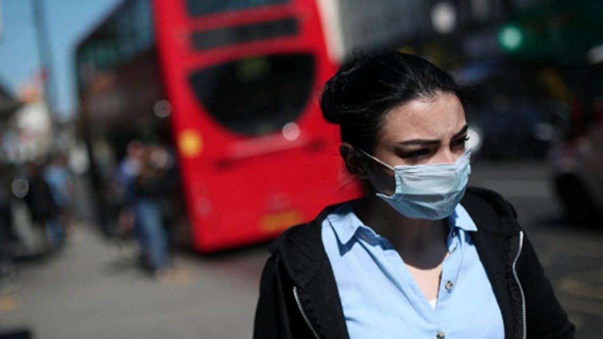 """Nueva cepa de coronavirus está """"fuera de control"""" en Reino Unido"""