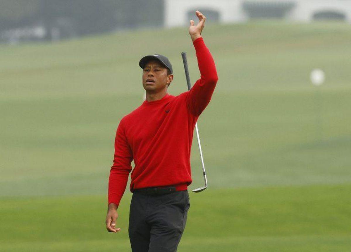 El golfista Tiger Woods es hospitalizado tras un serio accidente automovilístico