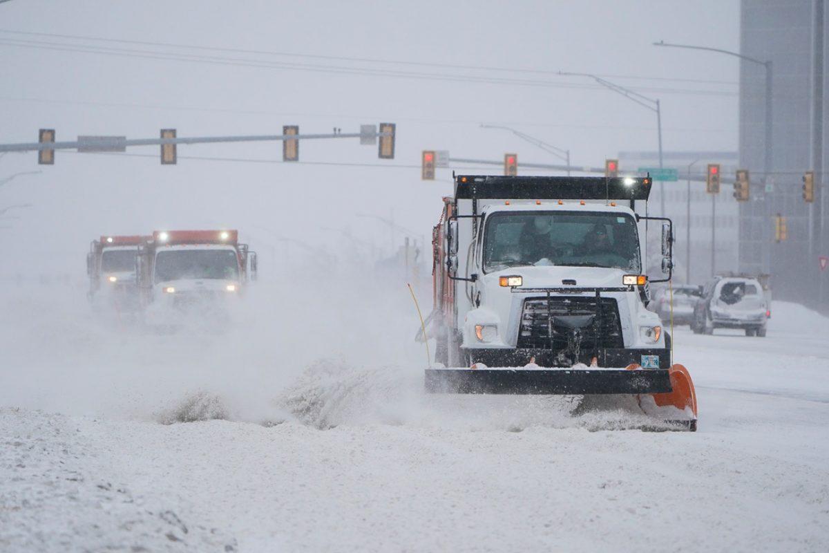 Una tormenta invernal azota EE.UU.: al menos 21 personas mueren y millones se quedan sin electricidad en temperaturas bajo cero