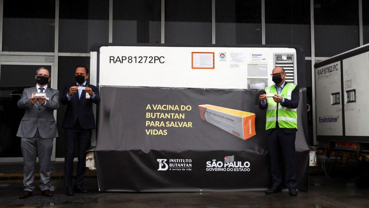 Llegan a Sudamérica las primeras 120.000 dosis de la vacuna china contra el coronavirus