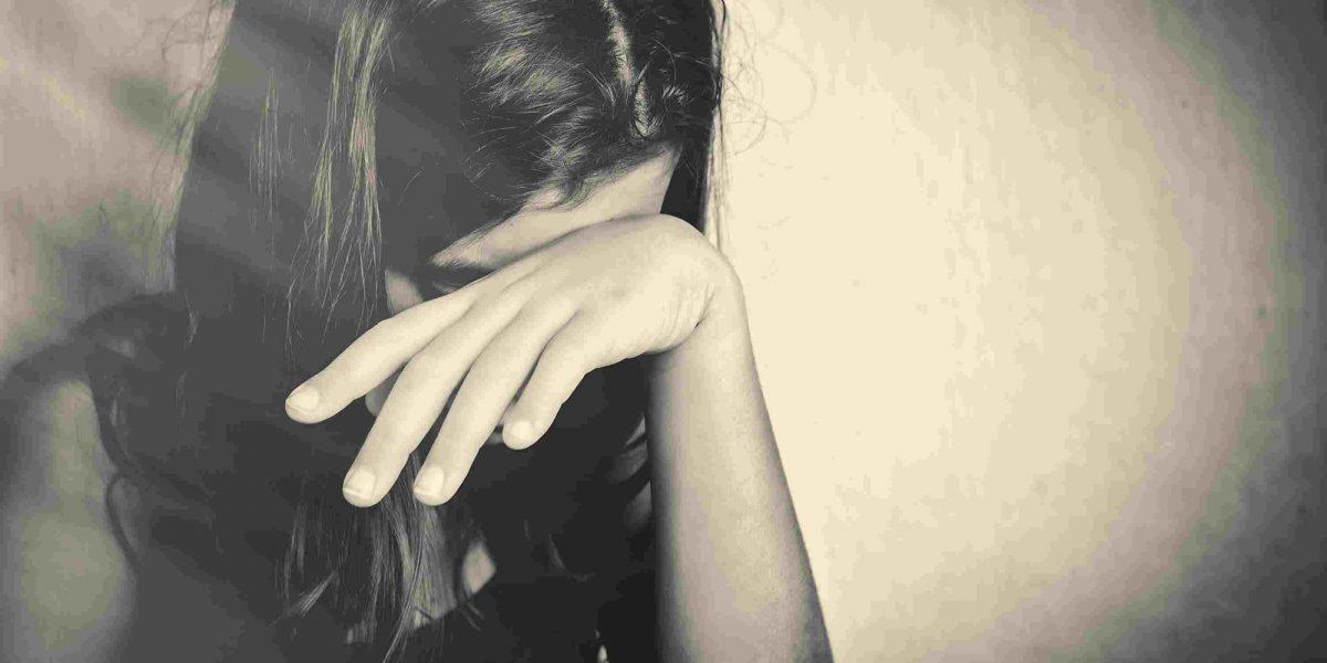 Padre violó a su hija por ocho años y ella esperó cumplir 18 para denunciarlo