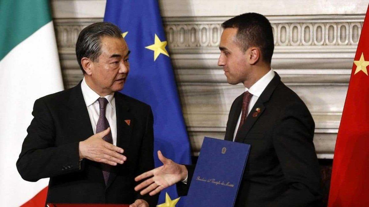 Italia y China firman acuerdos comerciales