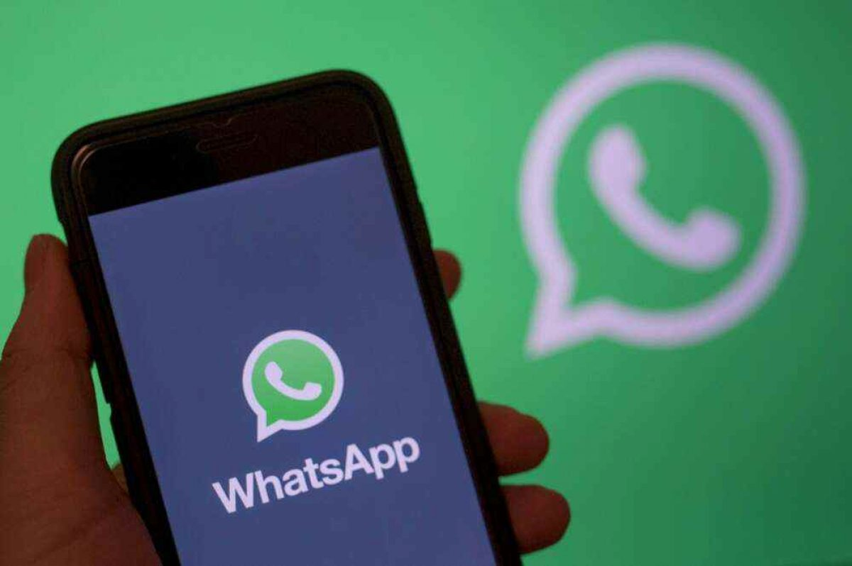 WhatsApp probaría un botón para revisar audios antes de mandarlos