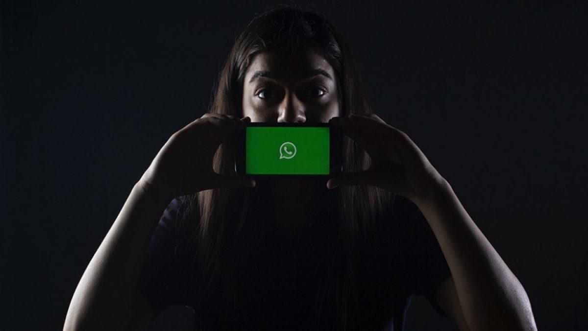 Cambia el logo de tu WhatsApp del tradicional color verde a dorado por Año Nuevo