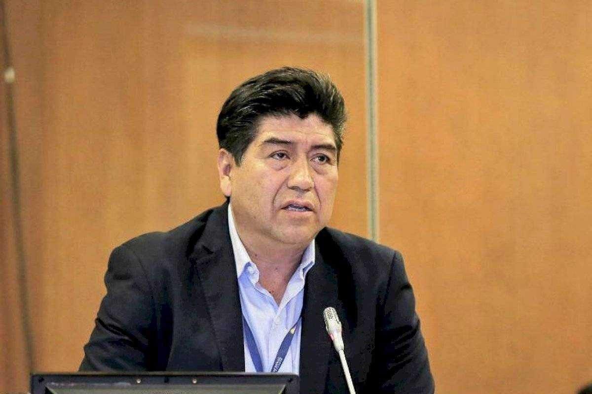 Se dispone que el alcalde de Quito use grillete electrónico tras ser vinculado en caso de pruebas PCR