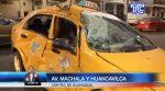 VIDEO | Un taxista resultó herido tras el impacto con un bus