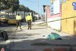 VIDEO | Reportan un cadáver en una vereda de la av. Eloy Alfaro, norte de Quito