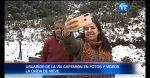 Turistas aprovecharon nieve en carretera y se tomaron fotos