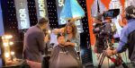 Samantha Grey le cortó el cabello a Toño Navarrete en pleno escenario de Soy El Mejor