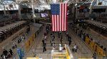 EE.UU. reabrirá sus fronteras a viajeros vacunados contra covid-19 el 8 de noviembre