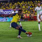 Ecuador golea a Bolivia en Guayaquil y continúa en pelea por llegar al mundial