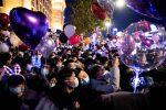 FOTOS: Multitudes en las calles de Wuhan durante el Año Nuevo