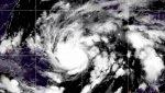 Eta se convierte en huracán y amenaza las costas de Honduras