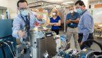 La NASA lleva al espacio  un nuevo inodoro de 23 millones de dólares
